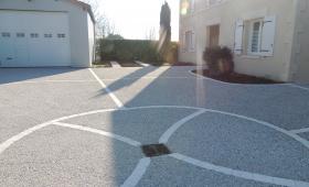 Rénovation d'une cour en béton lavé Les Gonds près de Saintes